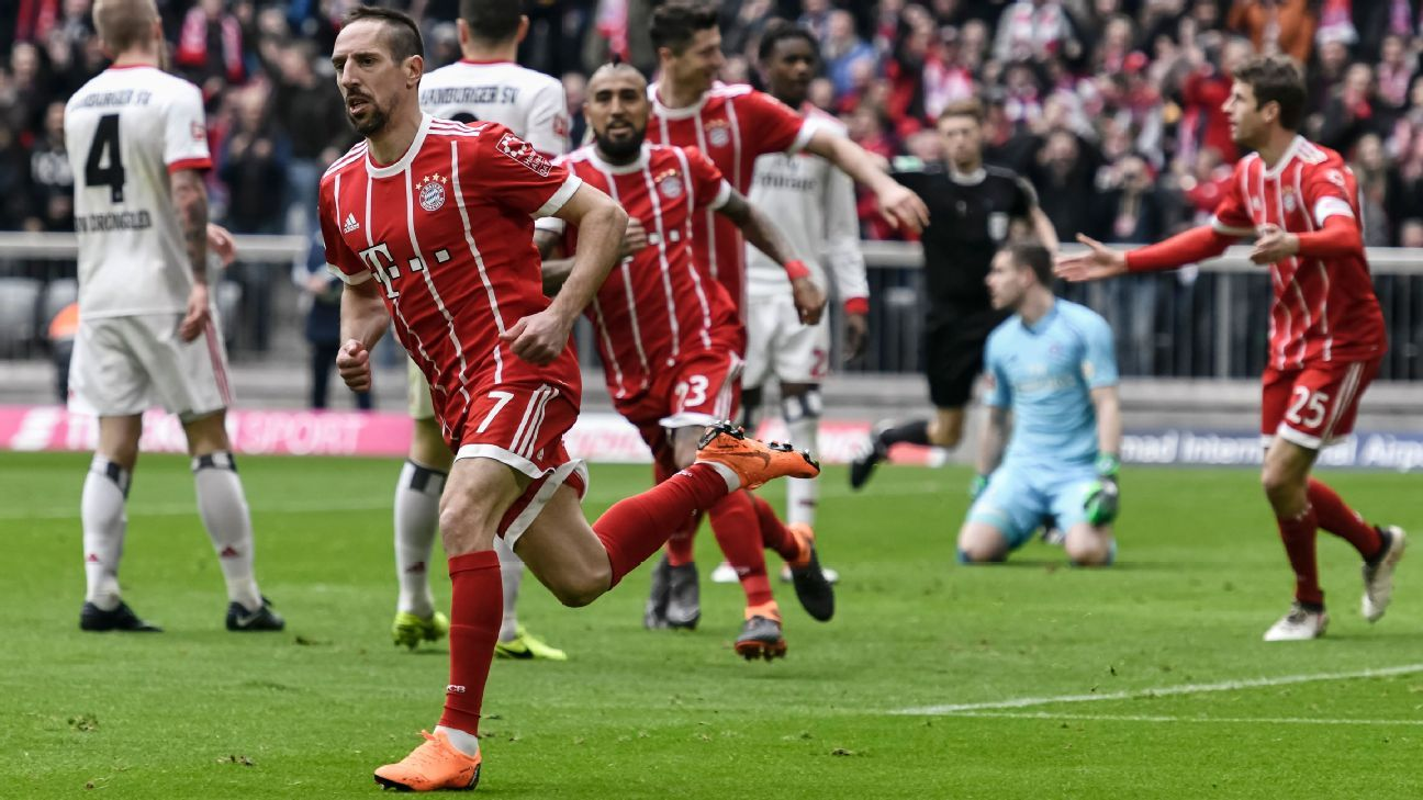 Franck Ribery celebrates after scoring for Bayern Munich against Hamburg.