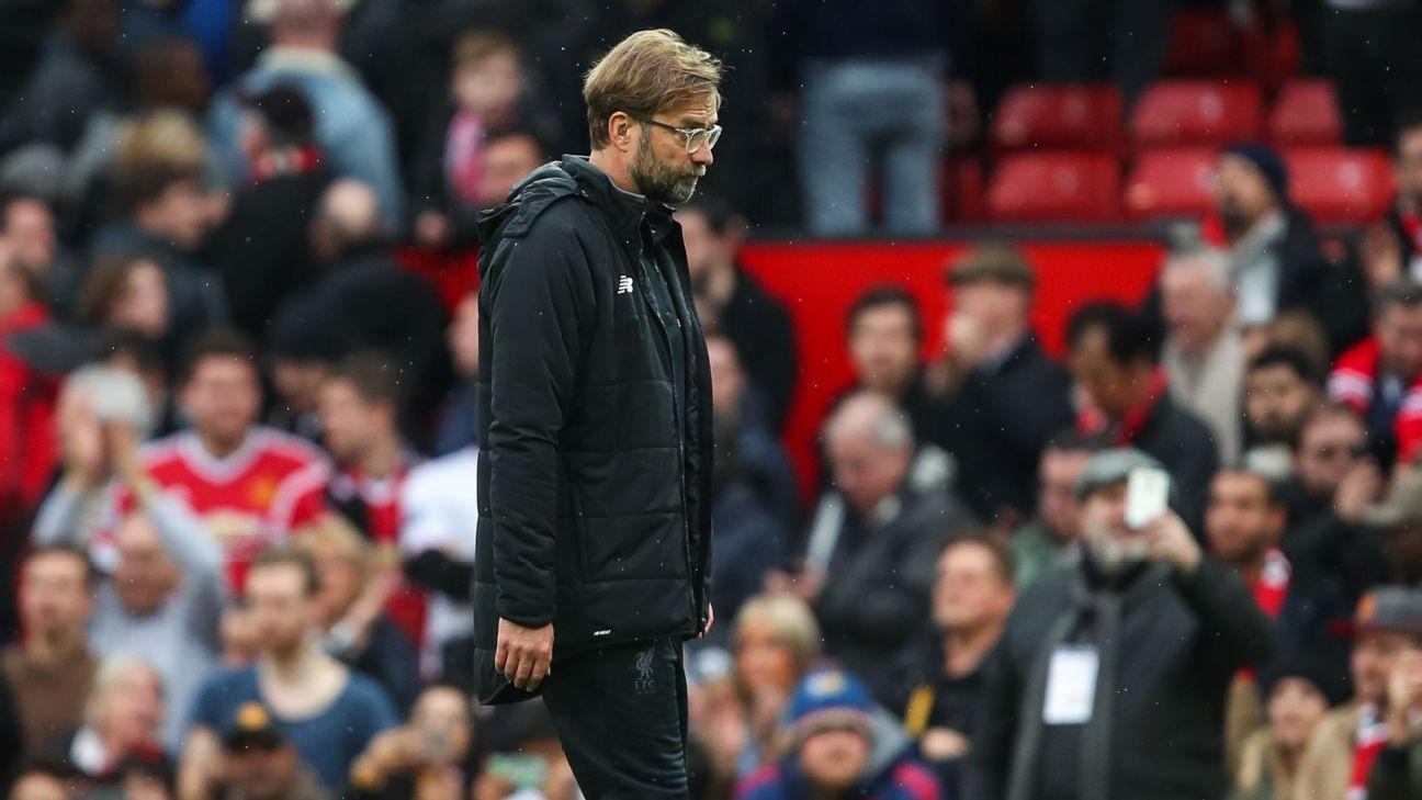 Jurgen Klopp looks dejected following Liverpool's Premier League defeat to Manchester United.