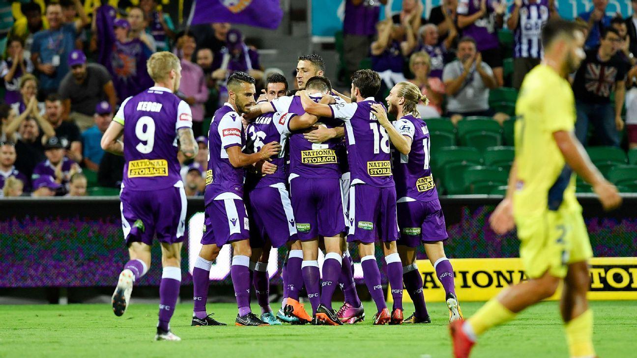 Perth Glory celebrate