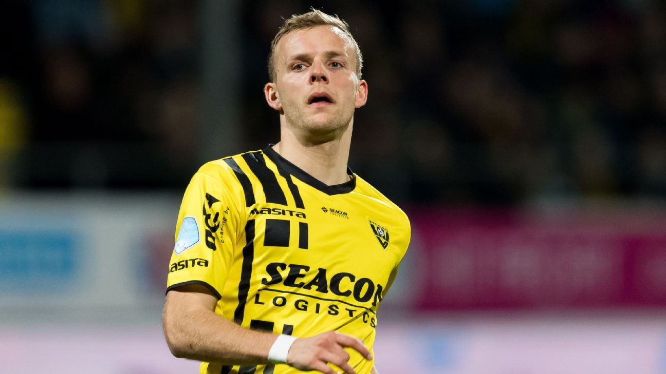 Lennart Thy of VVV Venlo during the Dutch Eredivisie match against Excelsior Rotterdam.