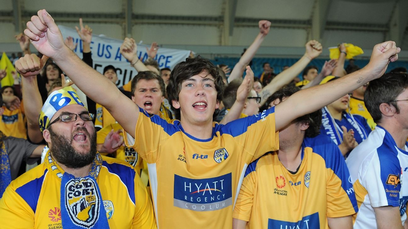Gold Coast United fans