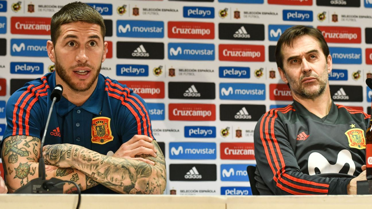 Sergio Ramos faces the media alongside Julen Lopetegui.