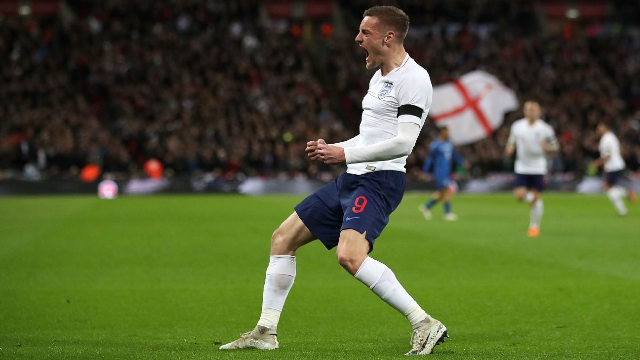 England's Jamie Vardy celebrates scoring his side's first goal against Italy.