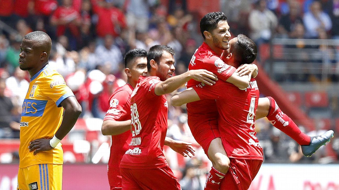 Angel Reyna's goal helped the Liga MX leaders clench a postseason berth.