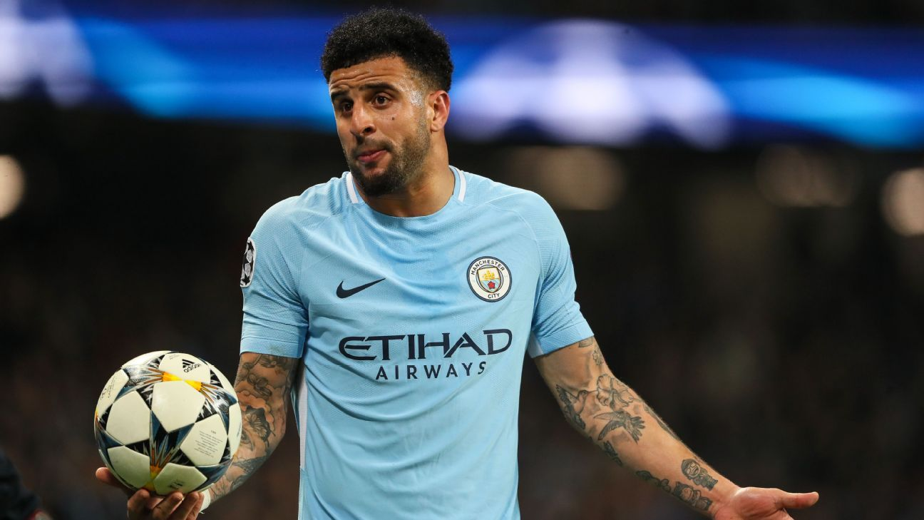Kyle Walker reacts during Manchester City's 2-1 defeat to Liverpool.