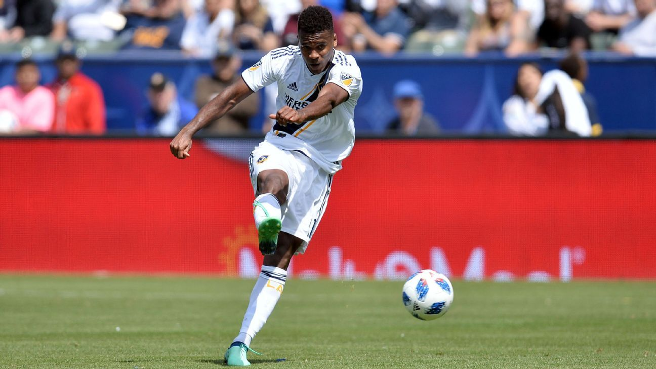 Ola Kamara officially signs three-year LA Galaxy extension