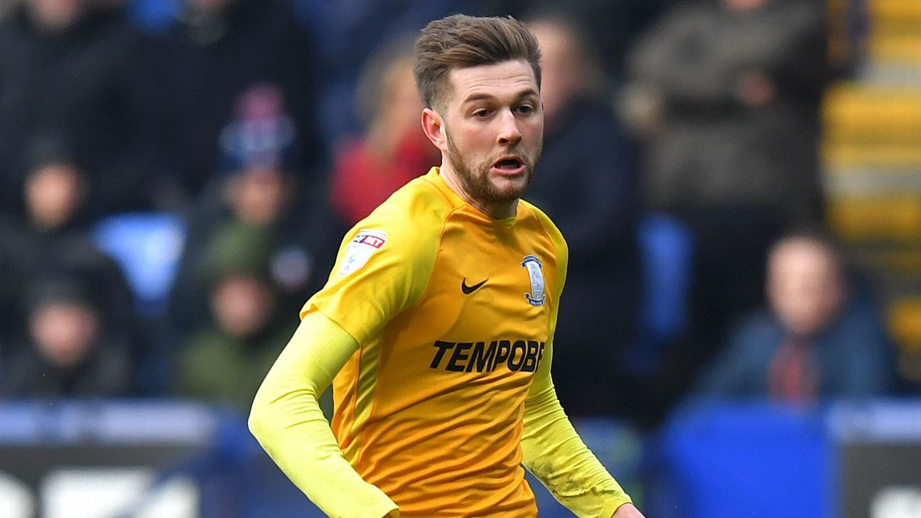 Tom Barkhuizen of Preston
