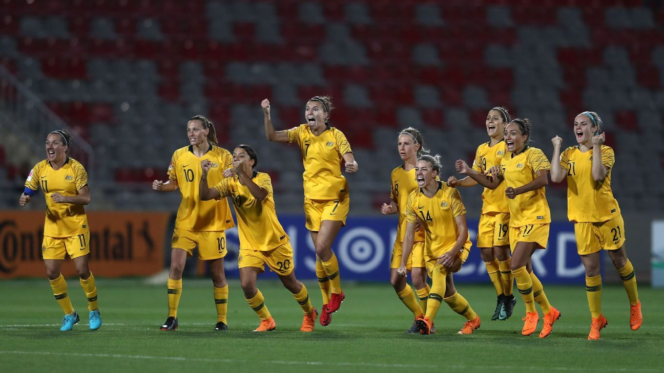 Australia celebrate winning the AFC Women's Asian Cup semifinal,