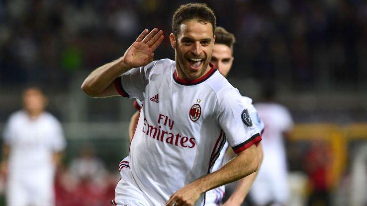 Giacomo Bonaventura celebrates his first-half goal vs. Torino.
