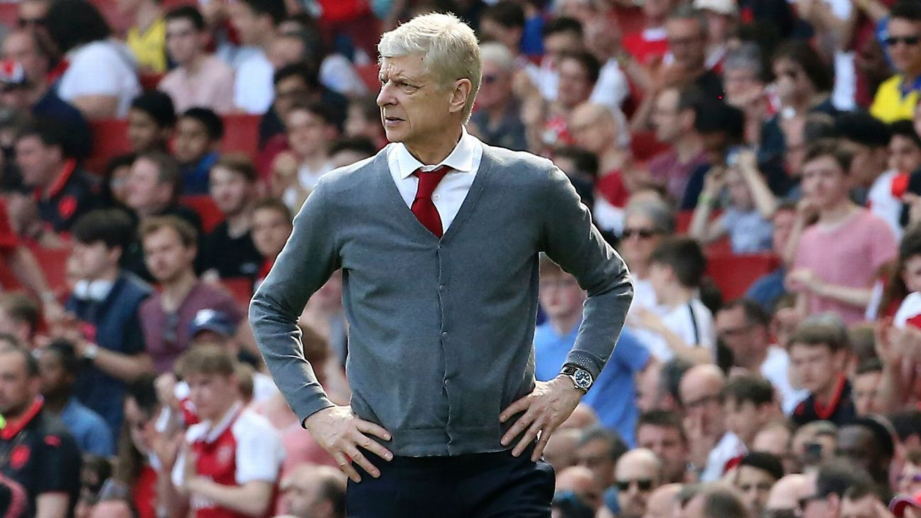 Arsene Wenger looks on during Arsenal's Premier League game against West Ham.