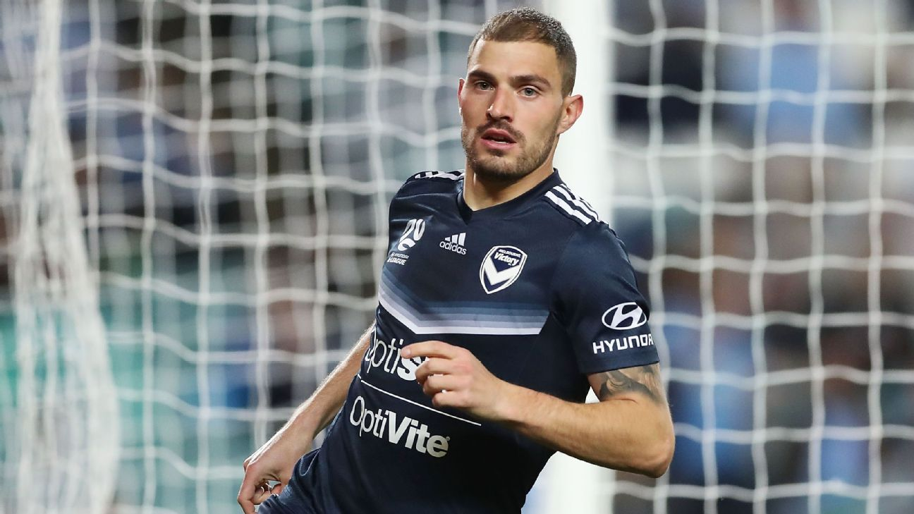James Troisi celebrates scoring a goal for Melbourne Victory during the A-League semifinal match against Sydney FC.