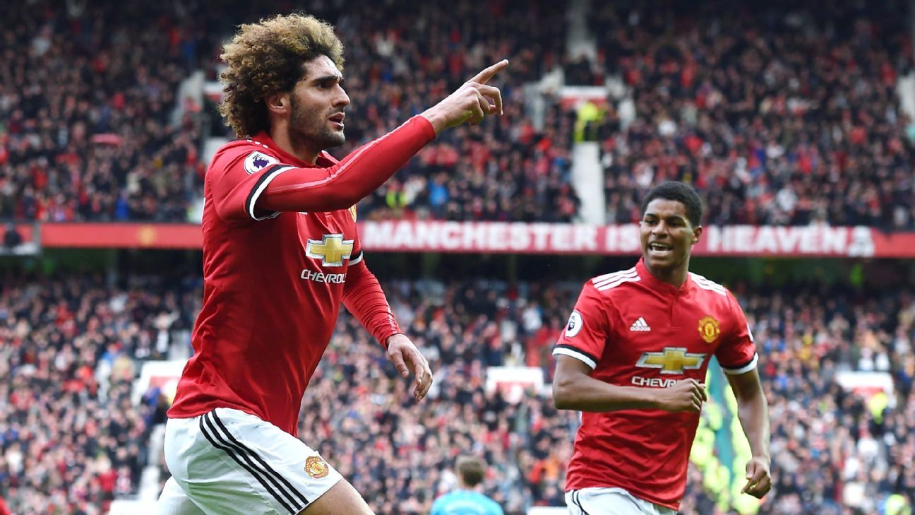 Marouane Fellaini scored a stoppage time winner as Manchester United beat Arsenal.