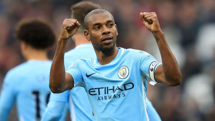 Fernandinho celebrates scoring during Manchester City's win at West Ham.