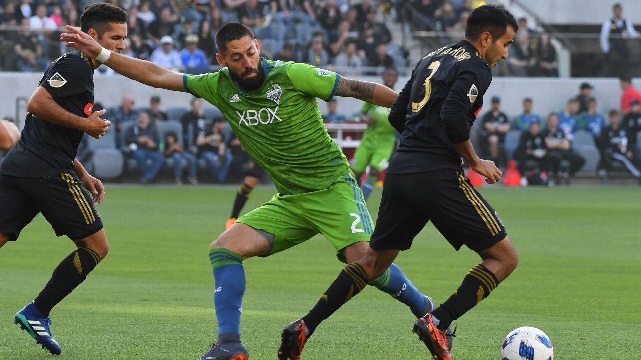 Dempsey action vs LAFC 180429