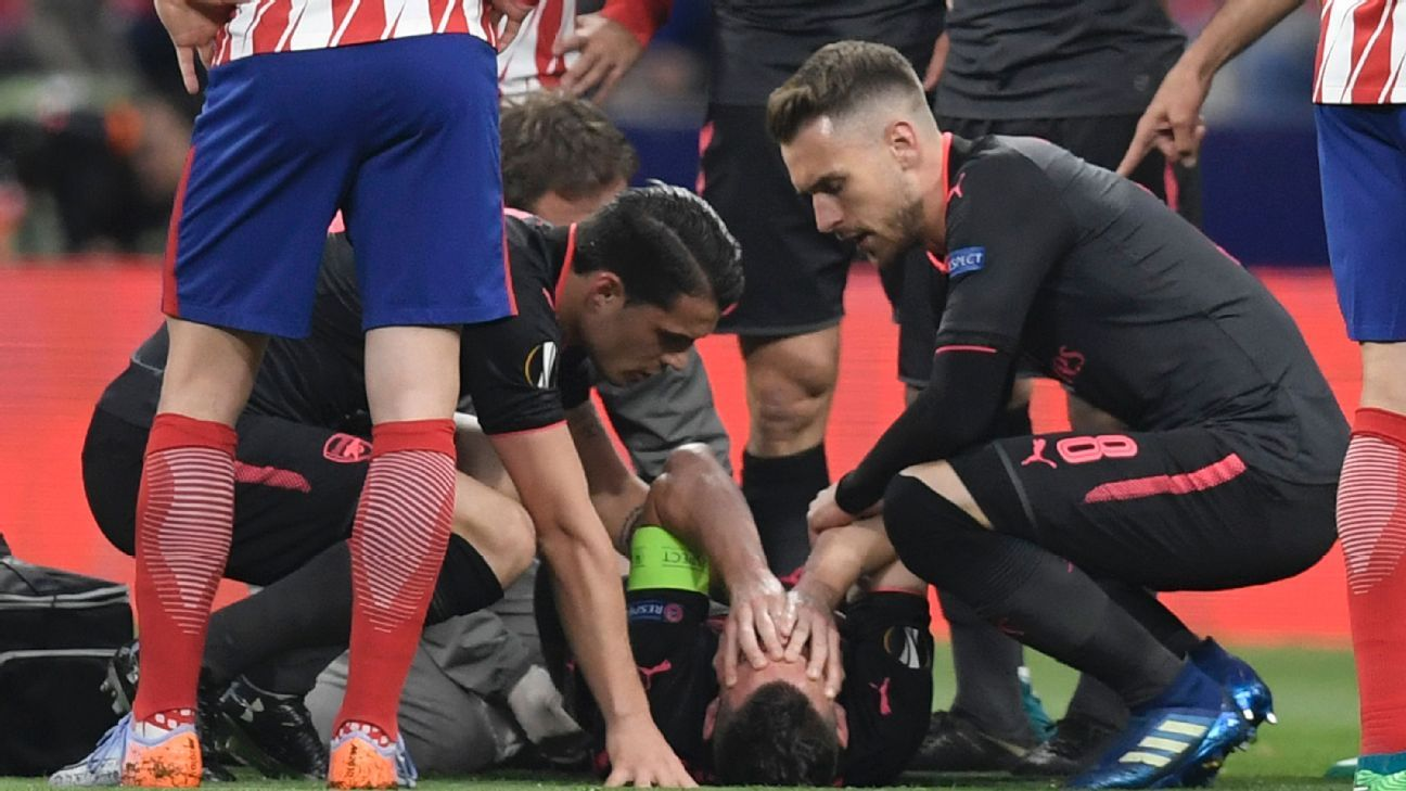 Laurent Koscielny tore his Achilles inside of 10 minutes vs. Atletico Madrid.