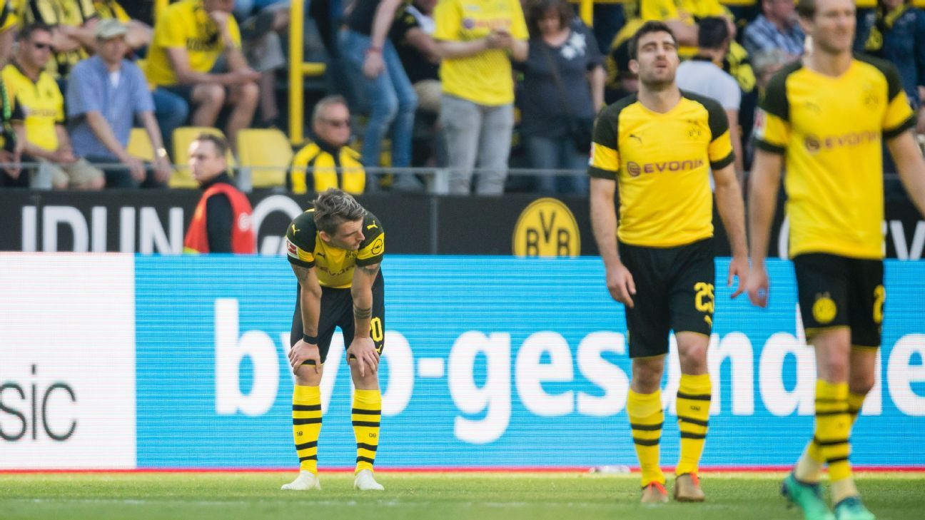 Borussia Dortmund's topsy-turvy season continued with an embarrassing loss to Mainz.