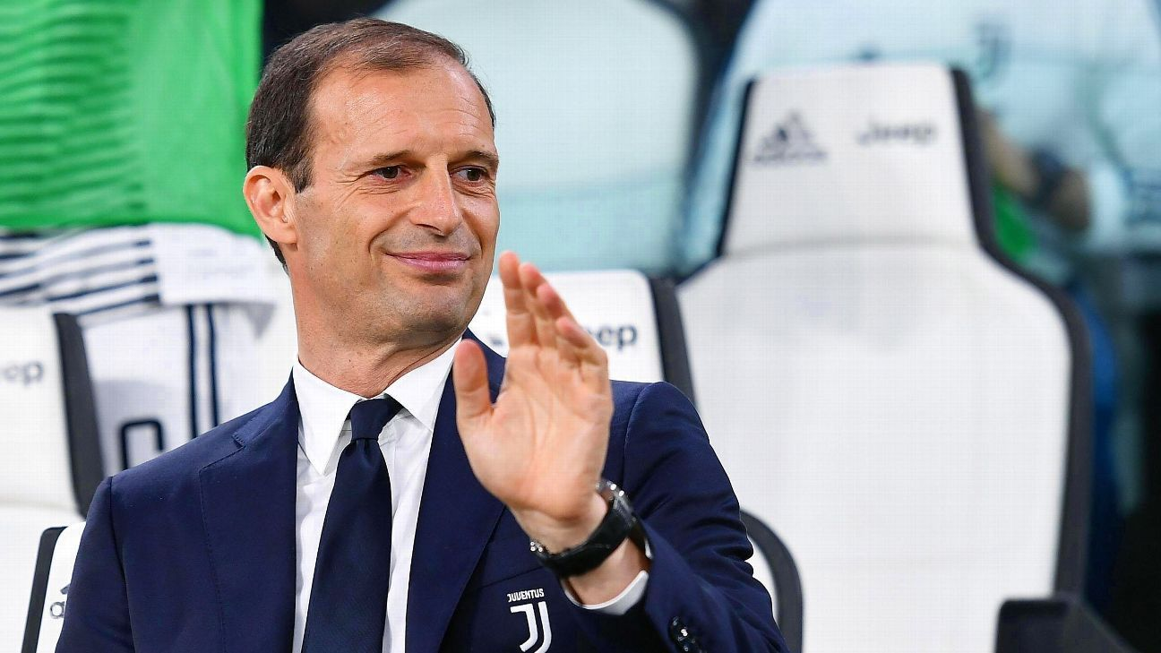 Allegri waves Juve Bologna 180505