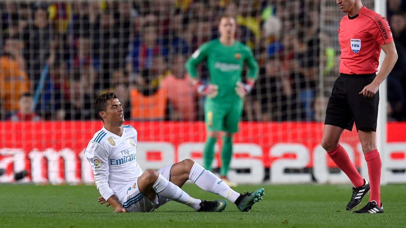 Cristiano Ronaldo injured his right ankle vs. Barcelona.