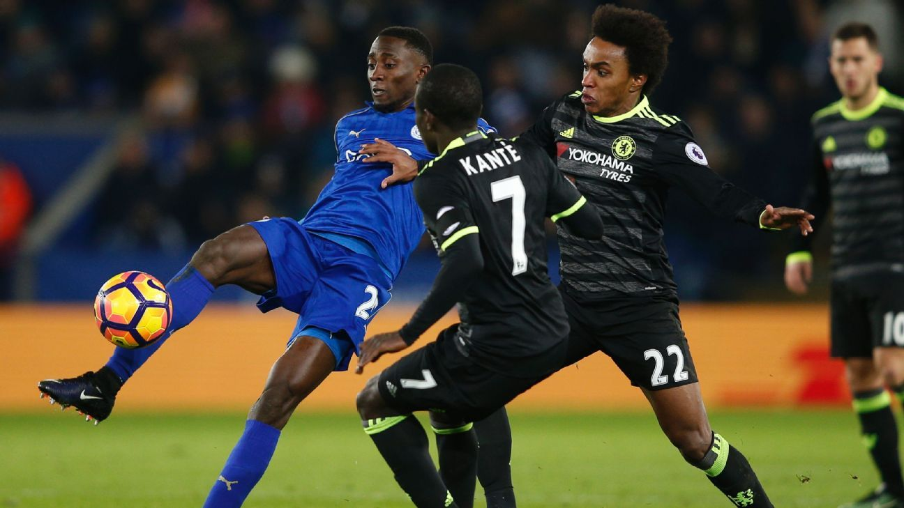 Chelsea's N'Golo Kante and Willian in action at Leicester.