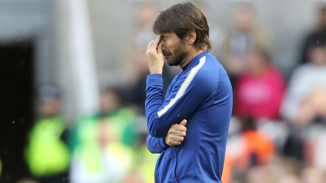 Chelsea manager Antonio Conte is a forlorn figure at Newcastle.