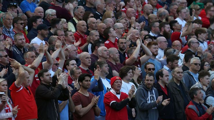 Manchester United fans hope for lucky 13th FA Cup win at ...