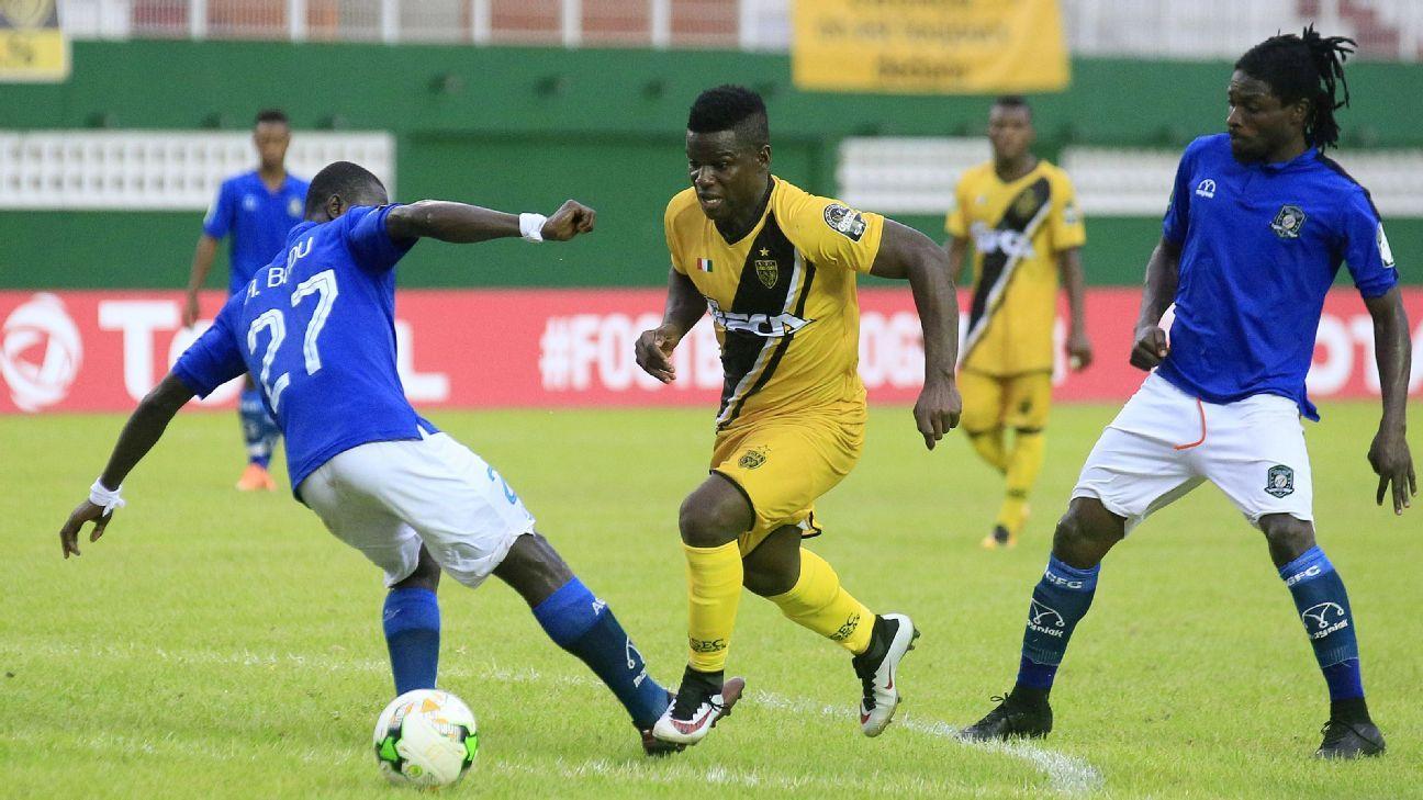 Diomande Hamed Herve of ASEC Abidjan, Anorkye Badu Stephen of Aduana Stars
