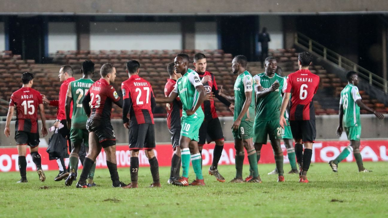 Gor Mahia players shakes hands with USM Alger players
