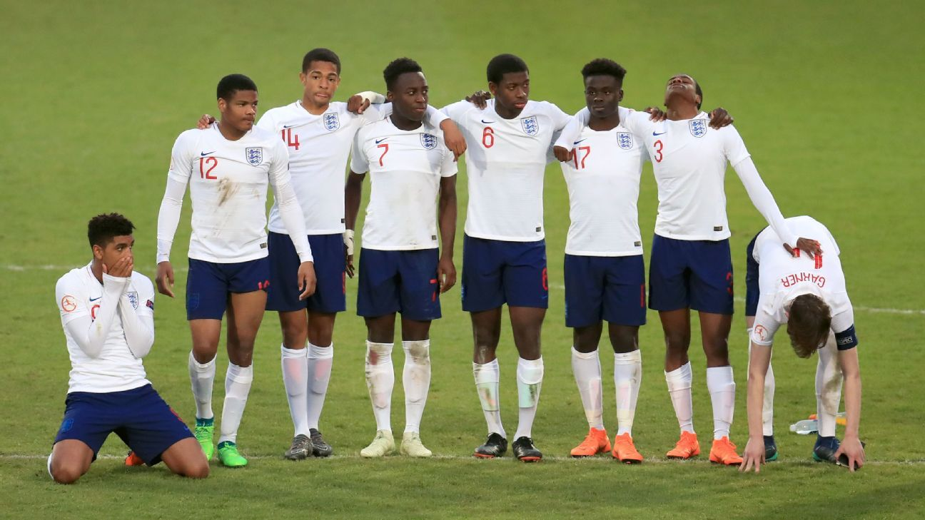 England players react after losing on penalties to Netherlands in the UEFA Under-17 Euro semifinals.