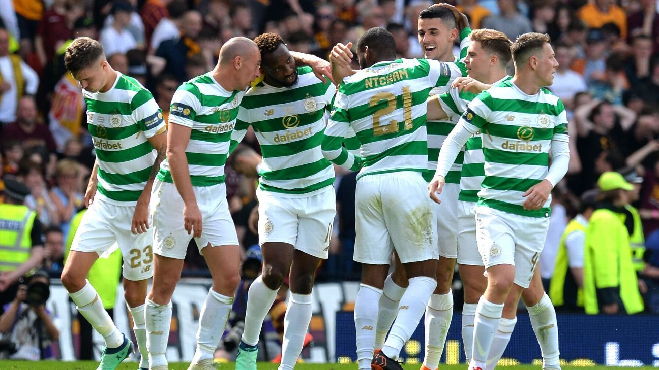 Celtic celebrate their second goal in the Scottish Cup final.
