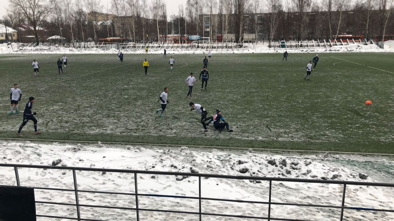 Football in Nizhny Novgorod is nothing like what fans will enjoy during the World Cup. The local teams are small and parochial in feel, with only a few hundred fans braving the conditions to watch. (Credit: Eliot Rothwell / ESPN FC)
