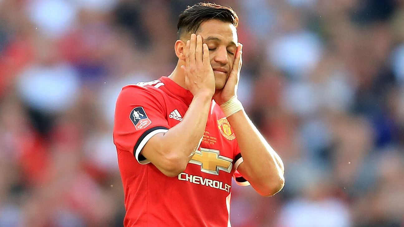 Alexis Sanchez has found it difficult to fit in at Manchester United.