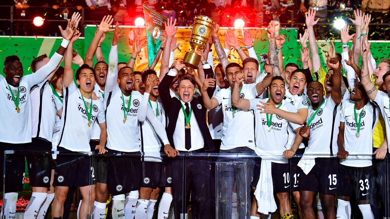 Frankfurt lift the German Cup title after a 3-1 win over Bayern.