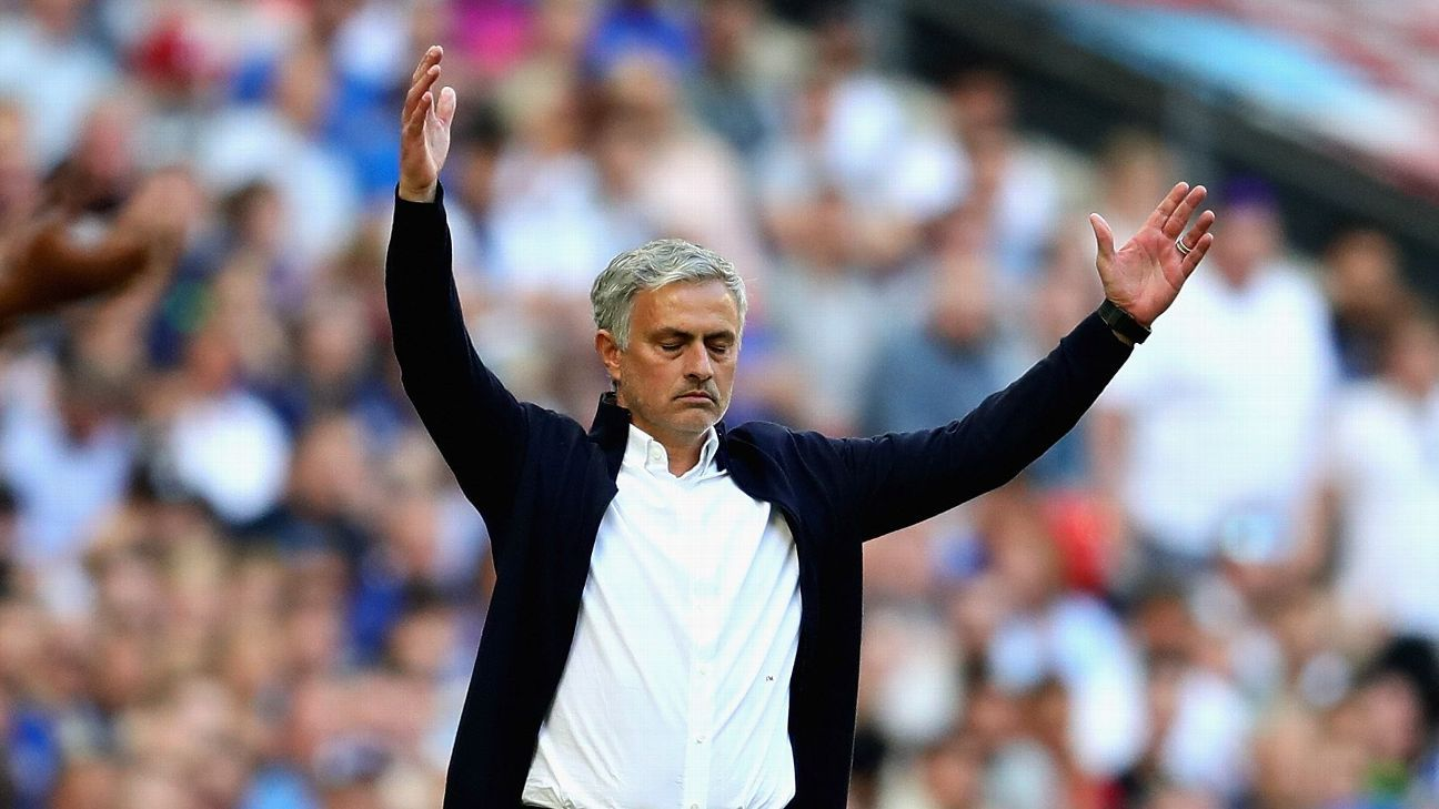 Jose Mourinho shows his frustration during Manchester United's FA Cup final loss to Chelsea.