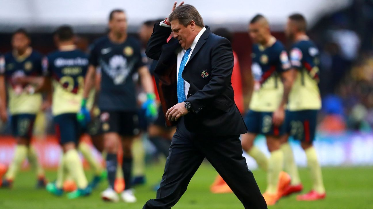 Miguel Herrera's plan to use a stint at Club America to vault into El Tri's coaching role seems to have hit a snag.