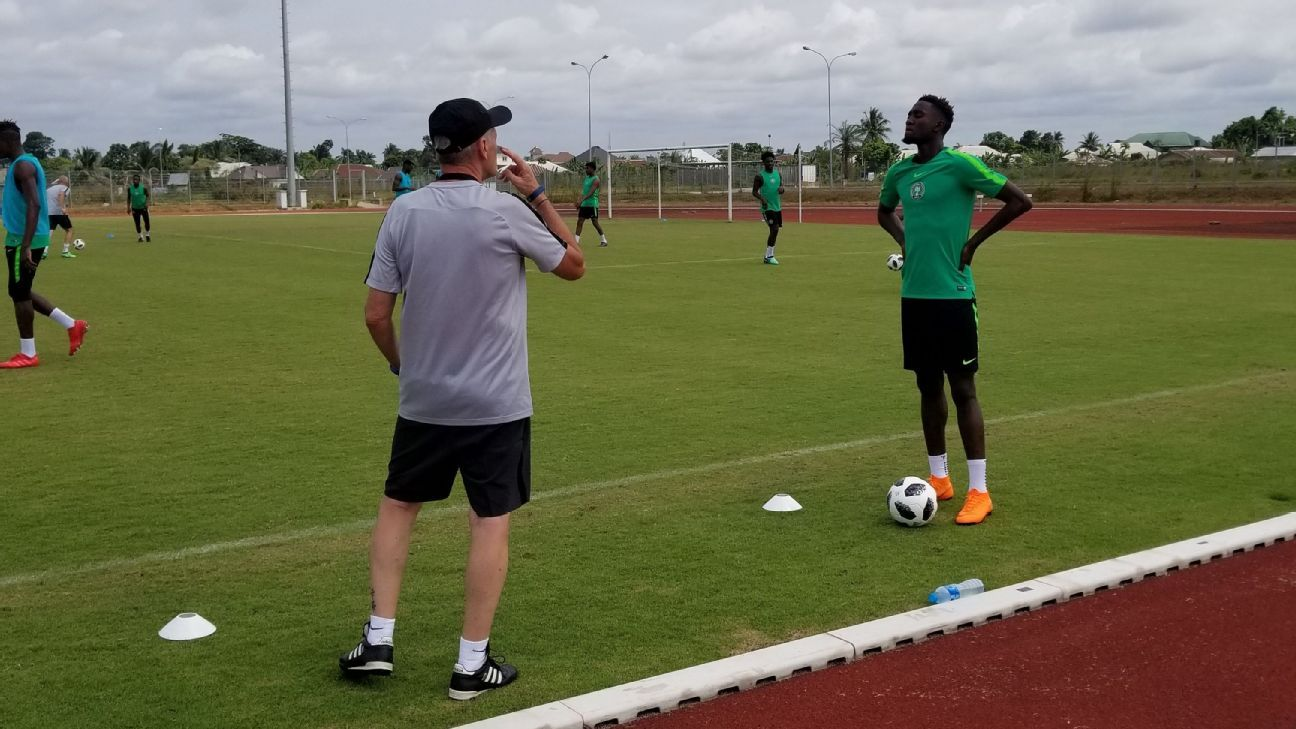 Gernot Rohr and Wilfred Ndidi of Nigeria