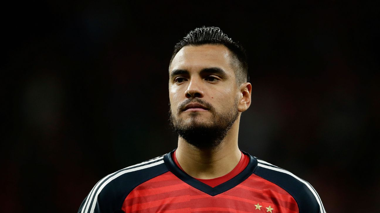 Sergio Romero's injury has Argentina's No. 1 shirt now totally up for grabs.