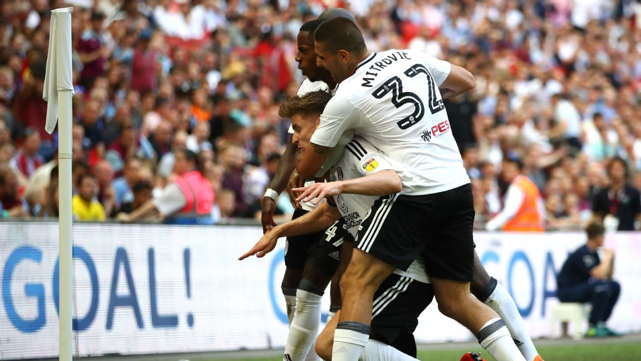 Fulham celebrate Tom Cairney's goal in the promotion playoff final vs. Aston Villa.