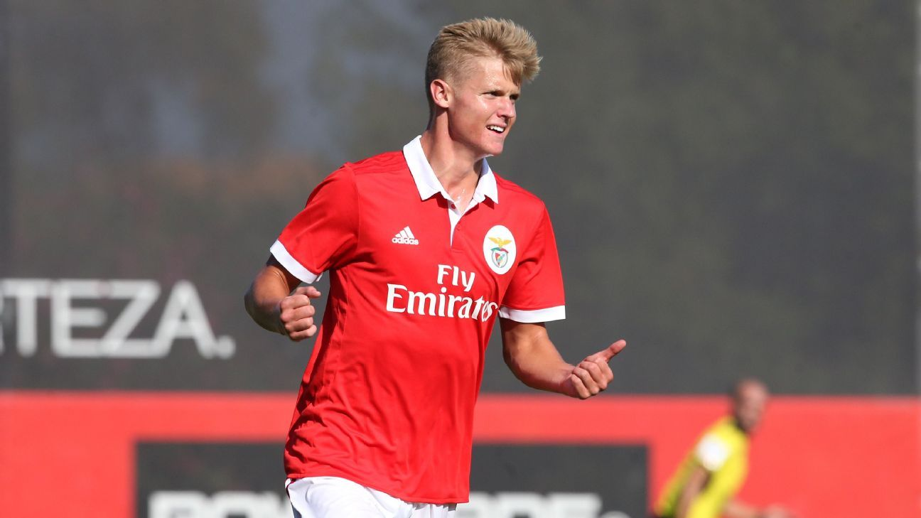 Playing in Portugal has been a challenge for Keaton Parks, but he has made the adjustment.