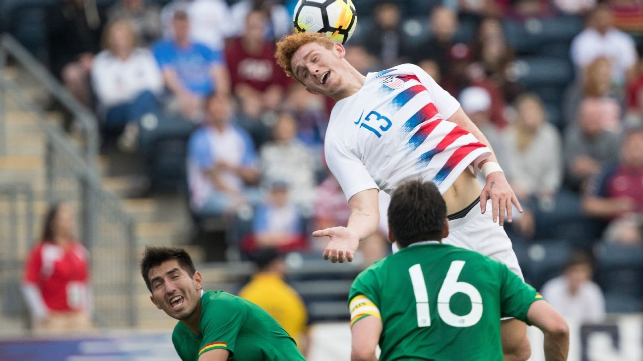 Josh Sargent heads the ball in the U.S.'s friendly vs. Bolivia.