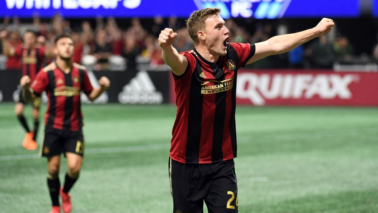 Julian Gressel celebrates during Atlanta United's MLS match against the Vancouver Whitecaps.