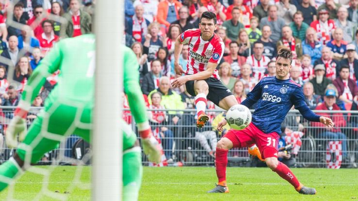 Hirving Lozano scored 17 goals in 29 league matches in his debut season at PSV.