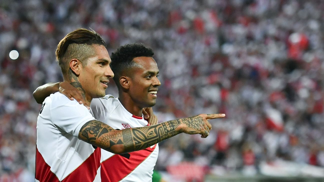 Paolo Guerrero, left, celebrates after scoring a goal for Peru in a friendly against Saudi Arabia.