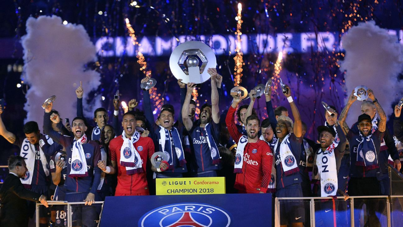 PSG celebrate their Ligue 1 title last season after their match against Rennes.