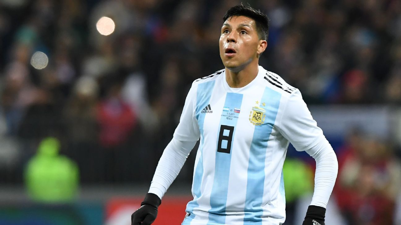 Enzo Perez in action for Argentina in November 2017.