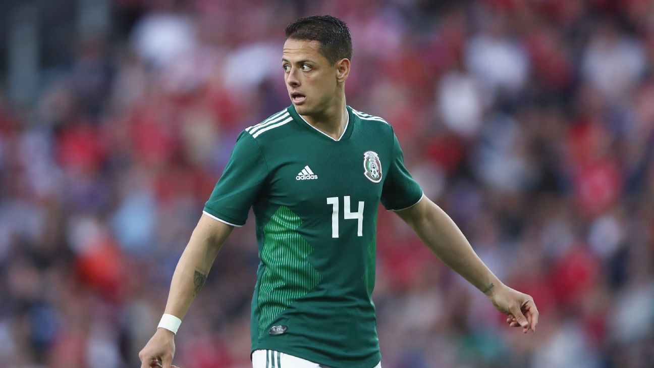 Javier Hernandez cut a frustrated figured for Mexico against Denmark.
