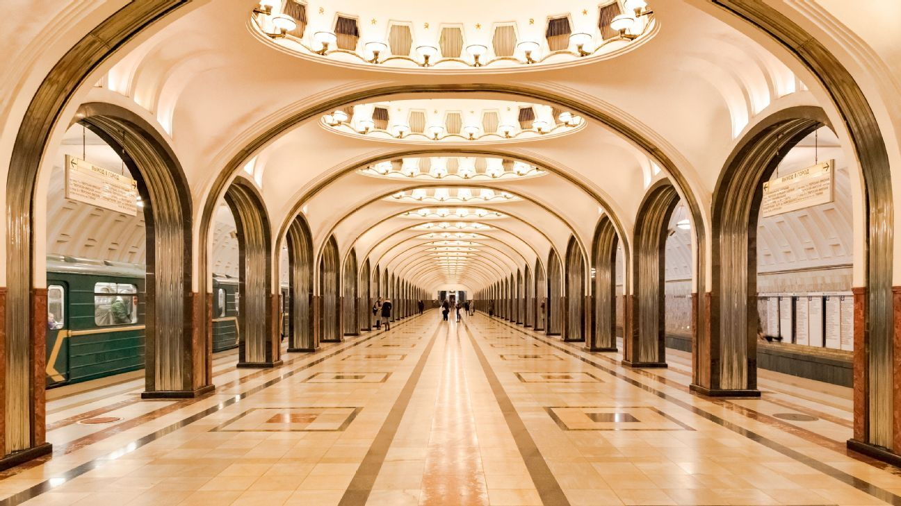 The Moscow Metro's stations are sterile - very clean and marked by the absence of trading activity inside.