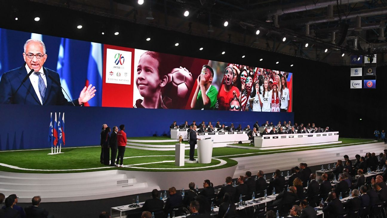 U.S. Soccer Federation president Carlos Cordeiro presents the 2026 United bid to the FIFA Congress in Moscow.