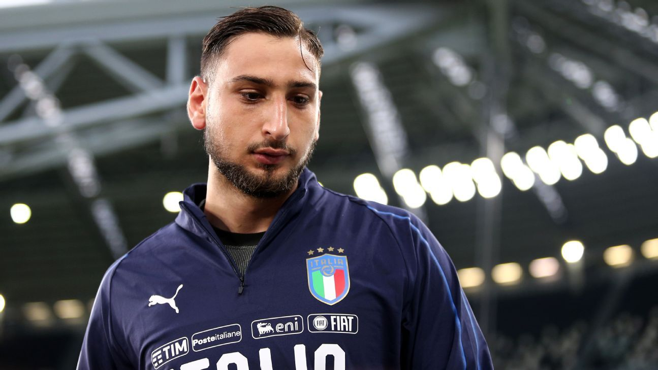 Gianluigi Donnarumma made his senior Italy at the age of 16 years and 242 days