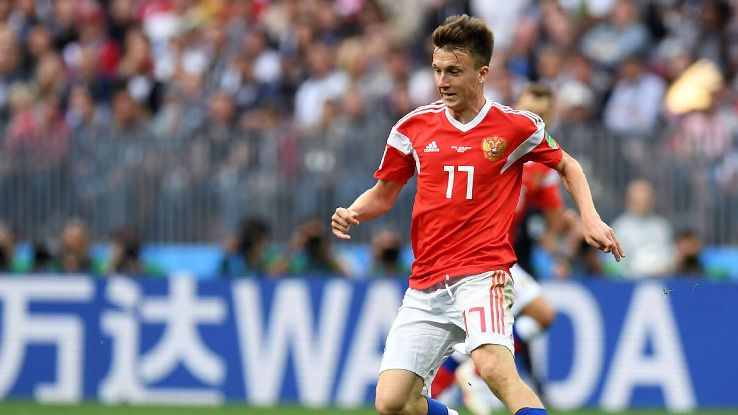 Aleksandr Golovin dribbles during Russia's World Cup group-stage win over Saudi Arabia.
