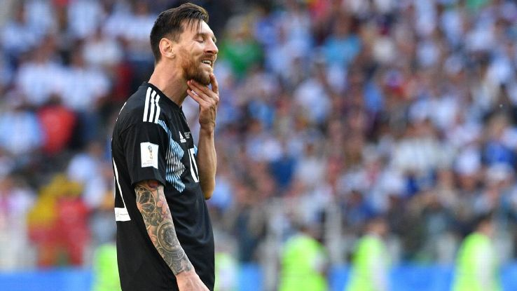 Lionel Messi reacts after his penalty was saved against Iceland in the World Cup.